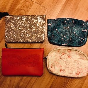 4 small cosmetic bags
